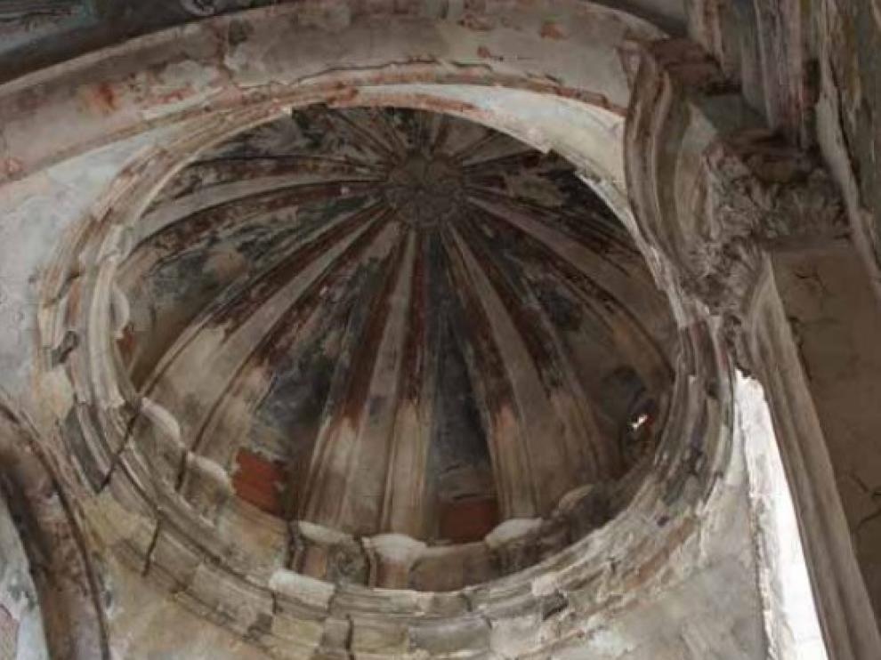 detalle-del-interior-de-la-capilla-que-lleva-50-anos-tapiada